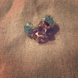 Cute blue sparkly earrings with fake diamond!NWot